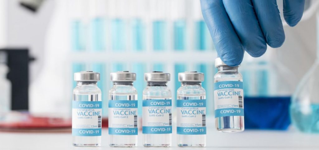 Tercera dosis de la vacuna COVID-19